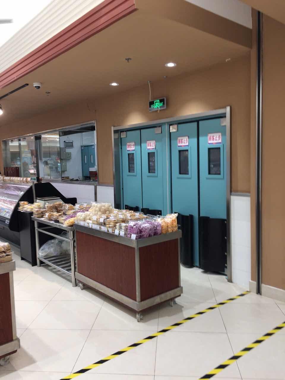 超市不锈钢防撞自由门