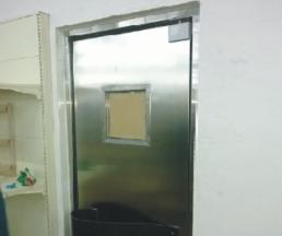 实拍【河北】沧州信誉超市防撞门安装案例