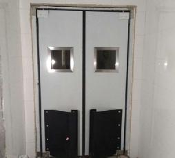 【青岛】新华书店仓库不锈钢防撞门安装案例