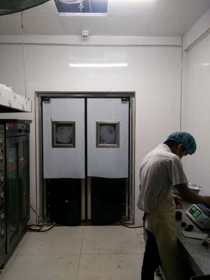 厨房不锈钢自由门